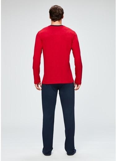 Dagi V Yaka Uzun Kollu Pijama Takımı Kırmızı